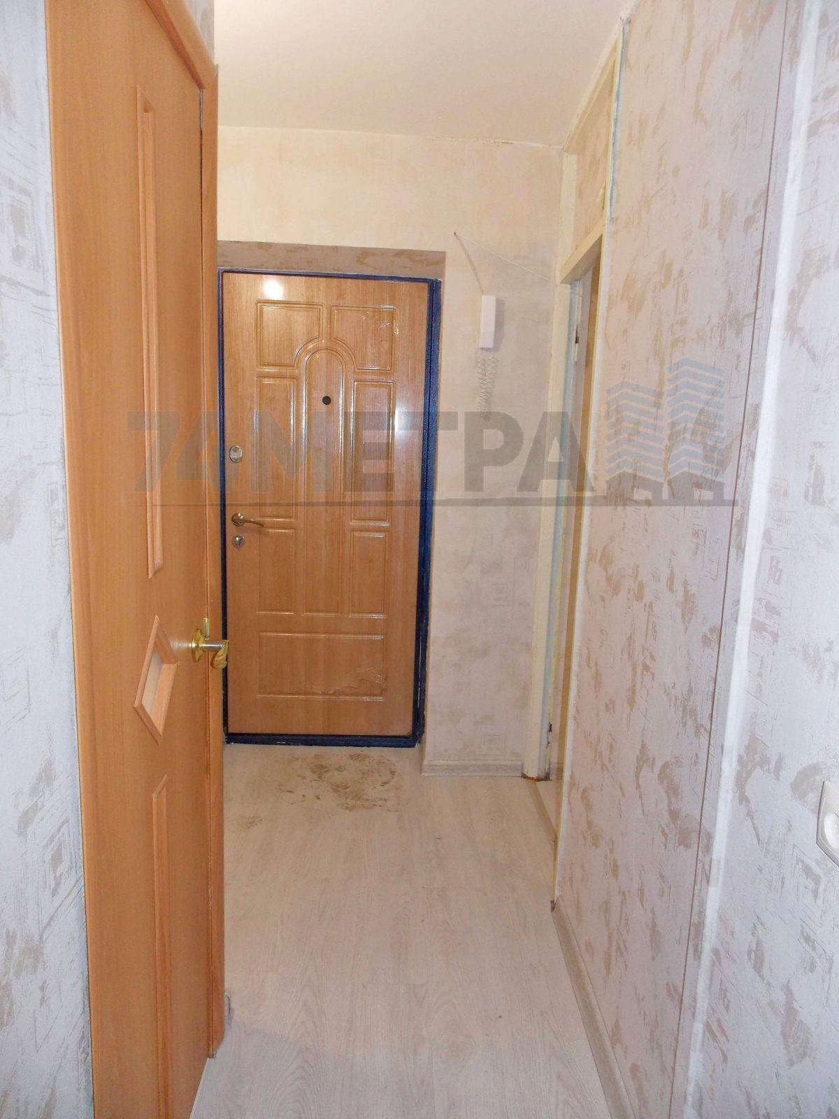 10 000 ₽, 1 - комнатная квартира, площадь 33 м², этаж 3/5