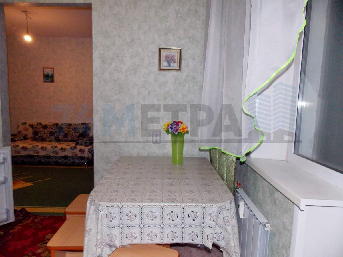 9 000 ₽, 1 - комнатная квартира, площадь 32 м², этаж 4/9