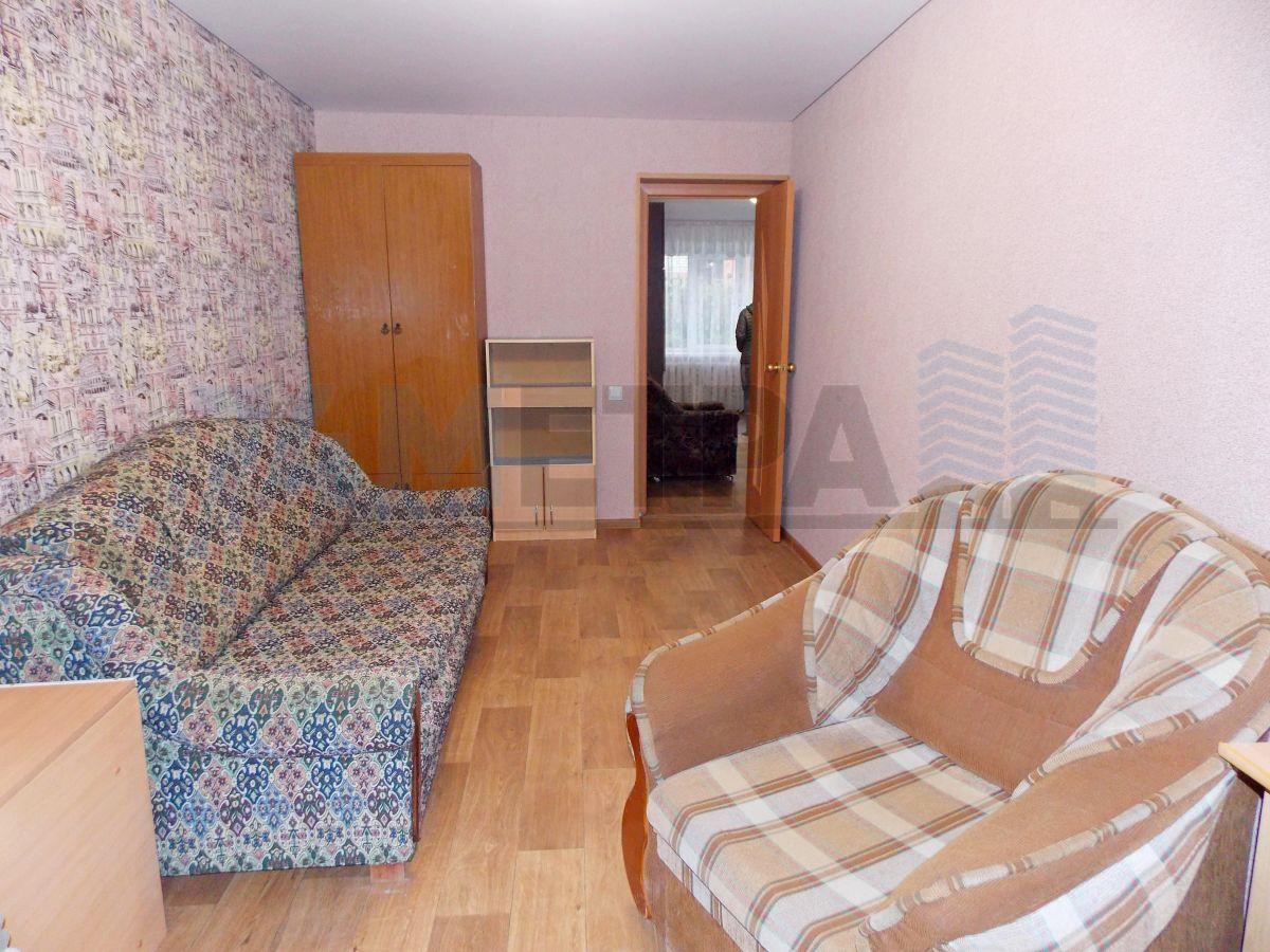 16 000 ₽, 2 - комнатная квартира, площадь 46 м², этаж 1/5