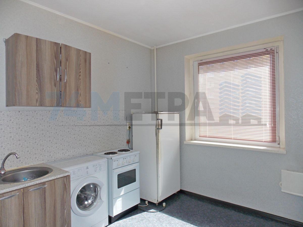 10 000 ₽, 1 - комнатная квартира, площадь 33 м², этаж 2/9