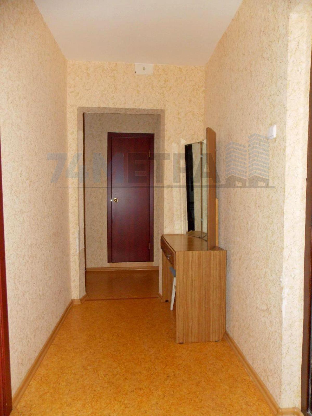 11 000 ₽, 1 - комнатная квартира, площадь 43 м², этаж 8/10