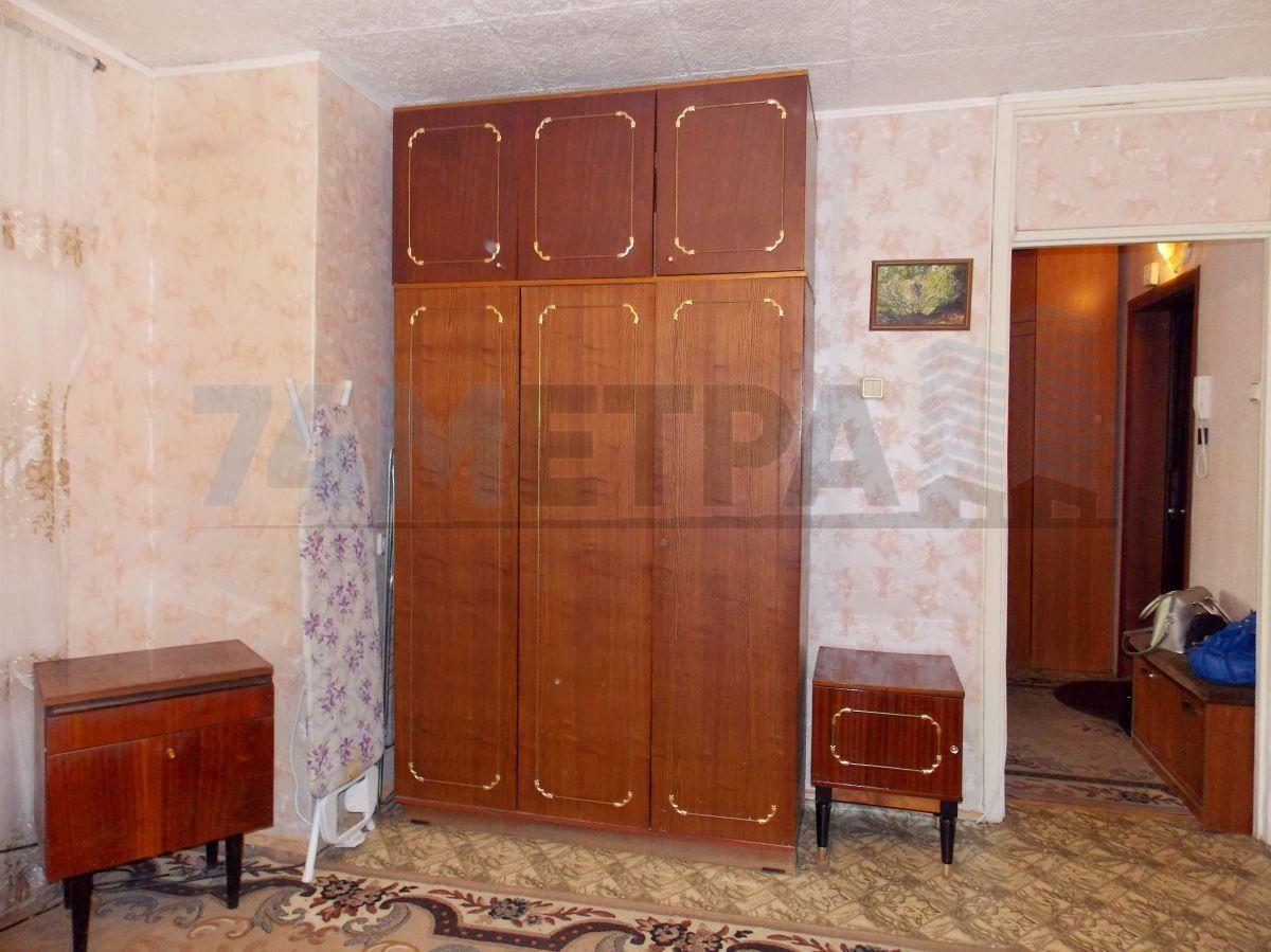 9 000 ₽, 1 - комнатная квартира, площадь 33 м², этаж 1/9
