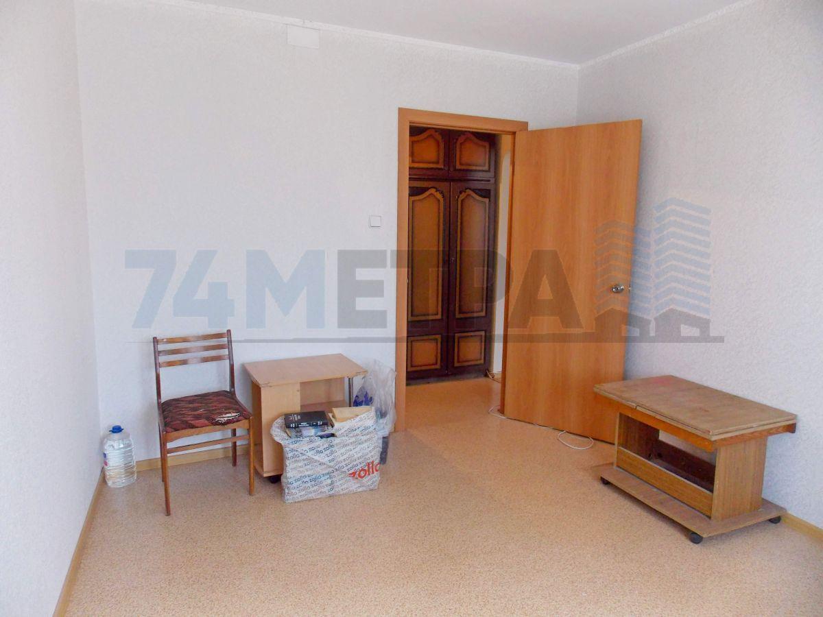 11 000 ₽, 2 - комнатная квартира, площадь 50 м², этаж 3/9