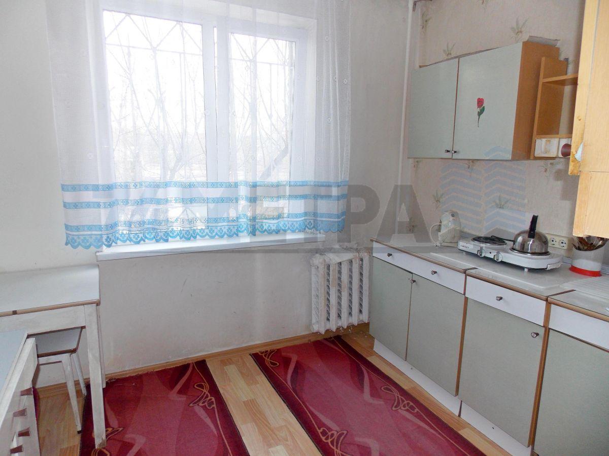 10 000 ₽, 1 - комнатная квартира, площадь 32 м², этаж 3/9
