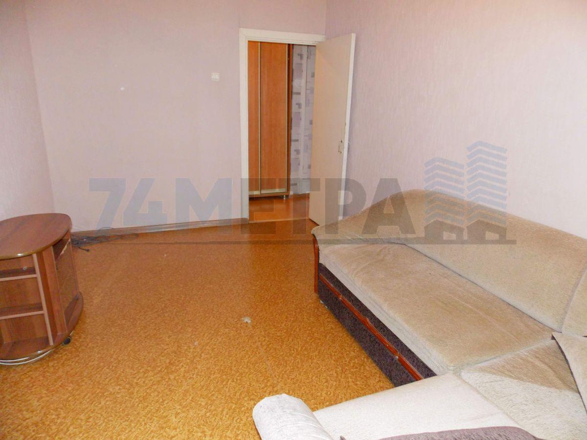 10 000 ₽, 1 - комнатная квартира, площадь 33 м², этаж 6/9