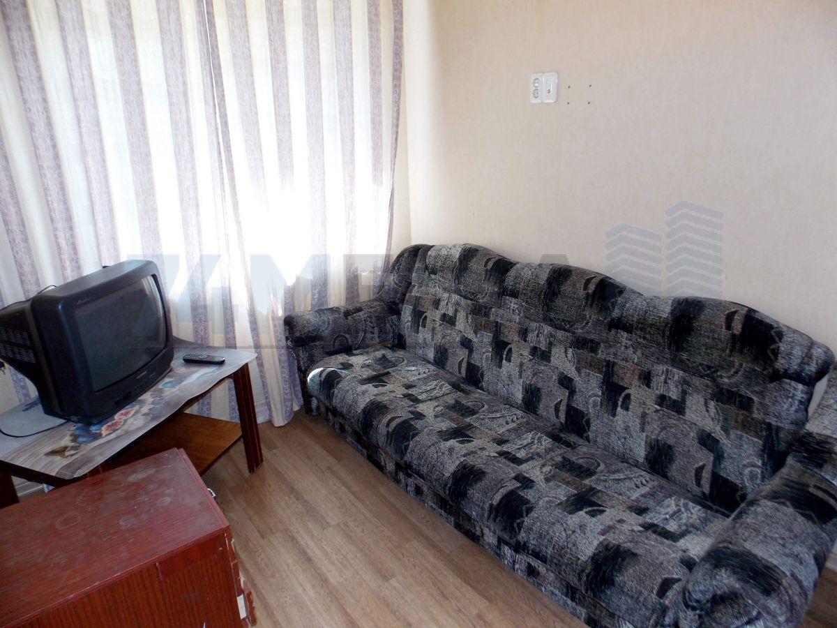 12 000 ₽, 2 - комнатная квартира, площадь 45 м², этаж 3/5