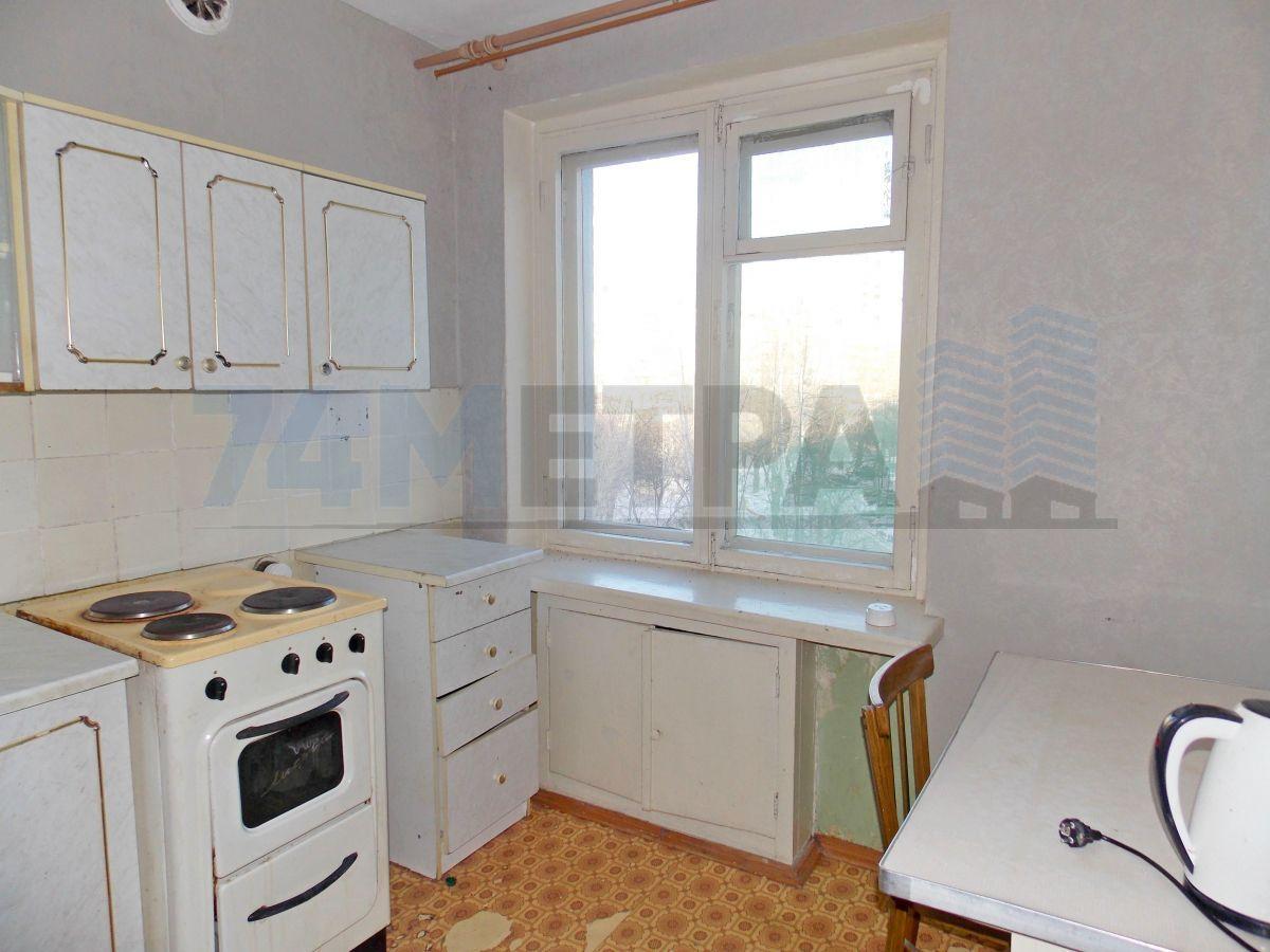 8 000 ₽, 1 - комнатная квартира, площадь 32 м², этаж 4/10