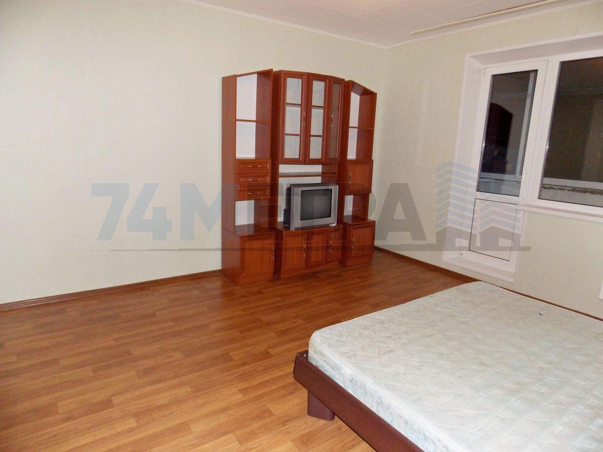 12 000 ₽, 1 - комнатная квартира, площадь 43 м², этаж 7/10