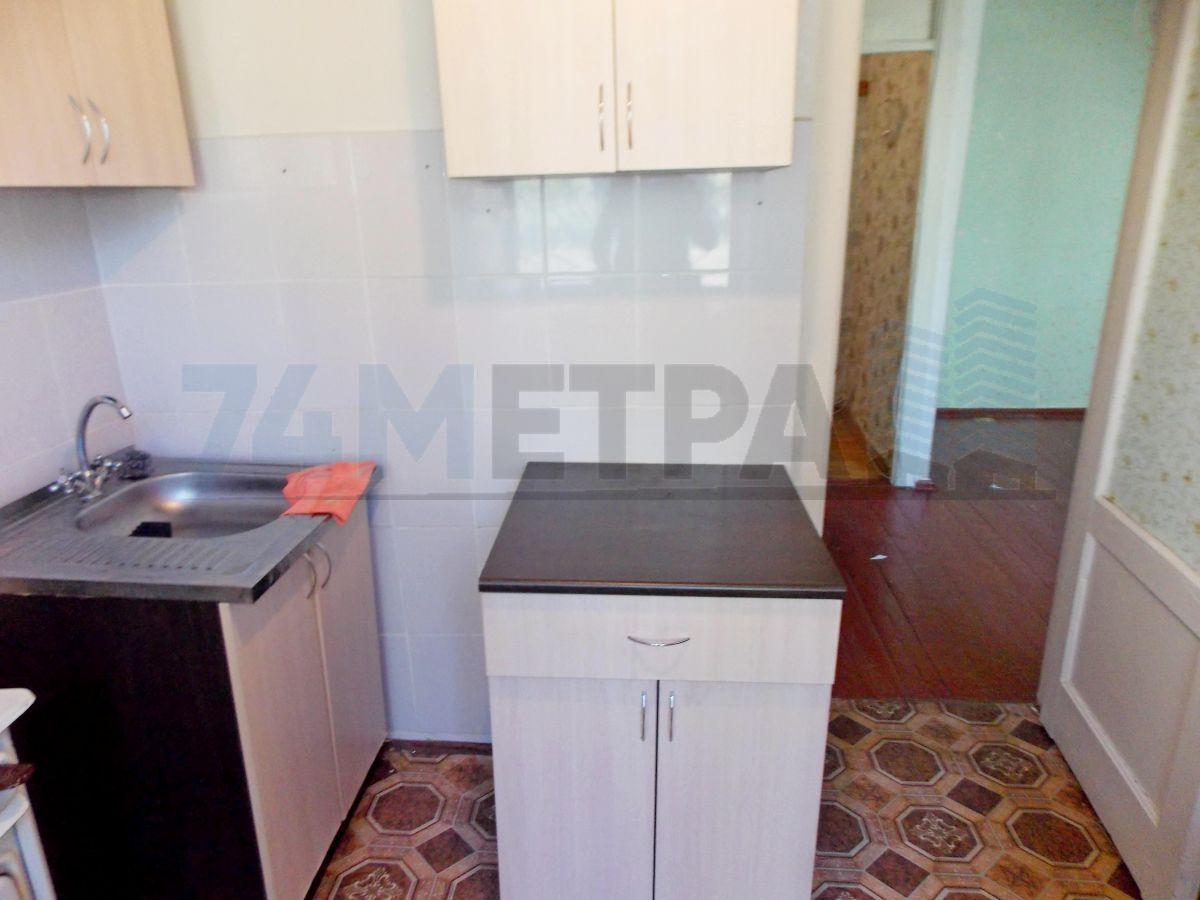9 000 ₽, 1 - комнатная квартира, площадь 35 м², этаж 1/5