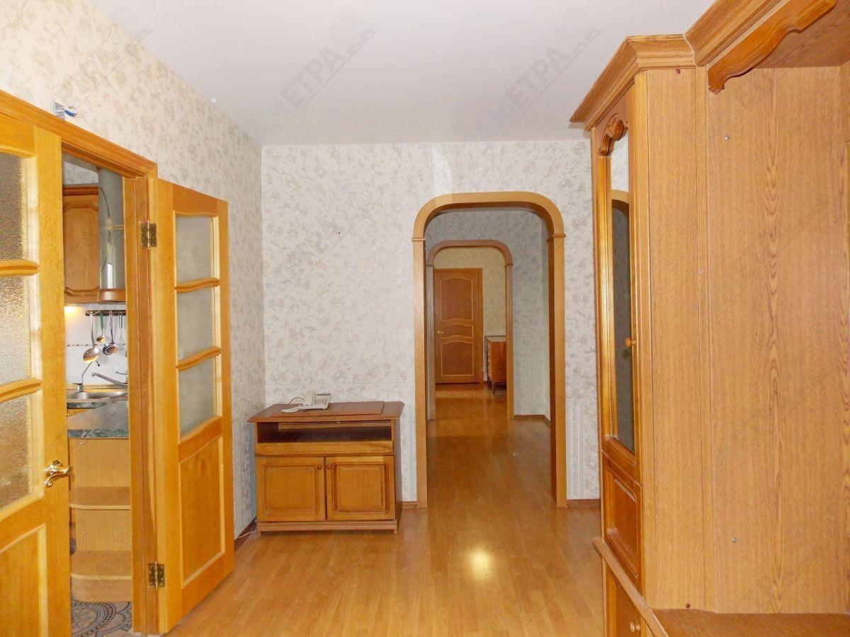 35 000 ₽, 3 - комнатная квартира, площадь 114 м², этаж 8/10