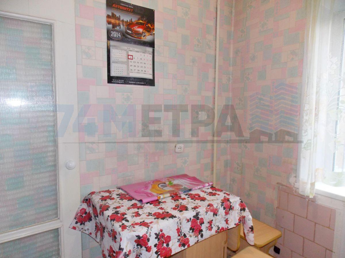 10 000 ₽, 1 - комнатная квартира, площадь 36 м², этаж 3/5