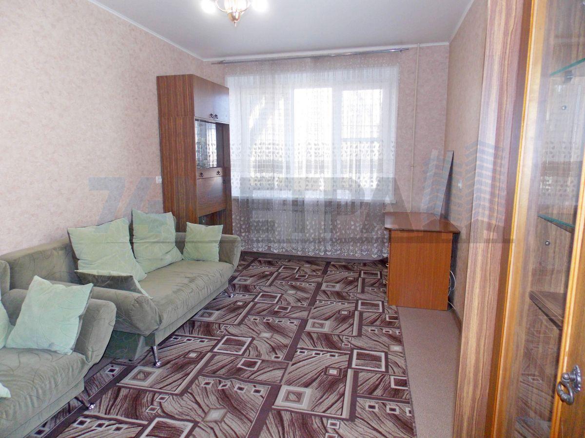 15 000 ₽, 1 - комнатная квартира, площадь 33 м², этаж 1/4