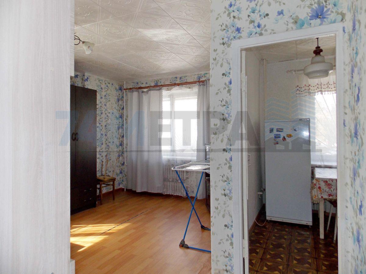 10 000 ₽, 1 - комнатная квартира, площадь 32 м², этаж 2/5