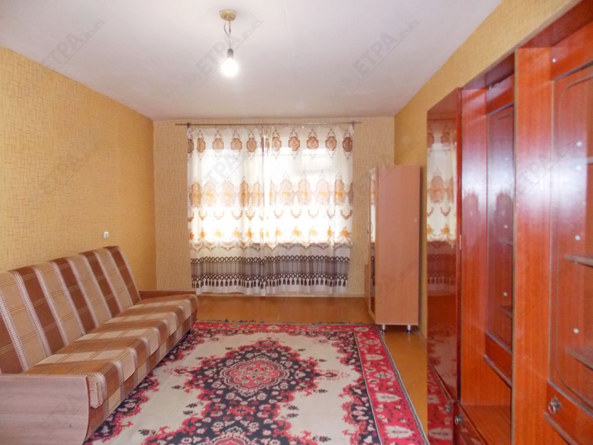 11 000 ₽, 2 - комнатная квартира, площадь 46 м², этаж 4/5