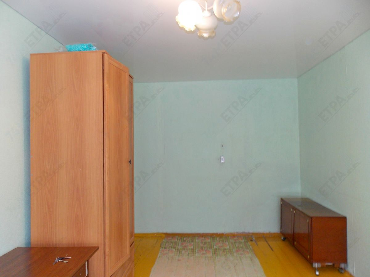 9 000 ₽, 1 - комнатная квартира, площадь 32 м², этаж 1/5