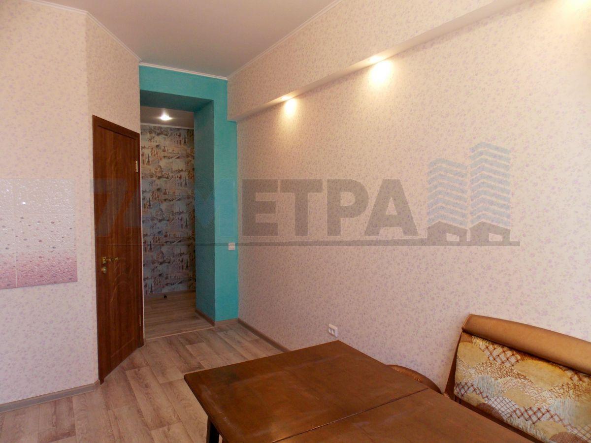 14 000 ₽, 2 - комнатная квартира, площадь 52 м², этаж 2/4