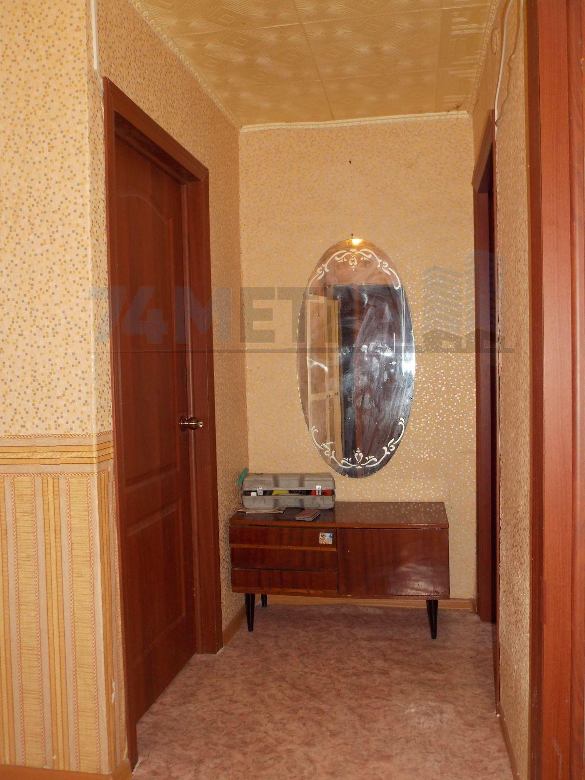 6 000 ₽, 3 - комнатная квартира, площадь 60 м², этаж 2/9